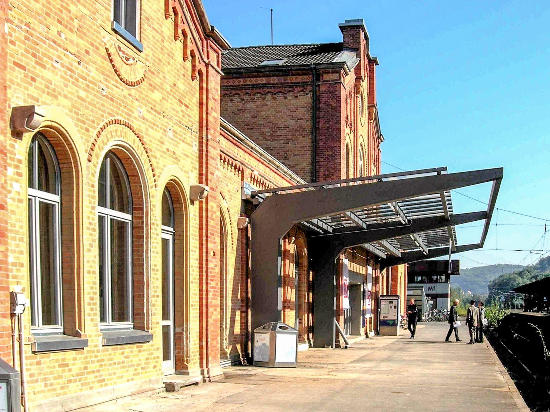 Bahnhofs Empfangsgebäude in Hann. Münden